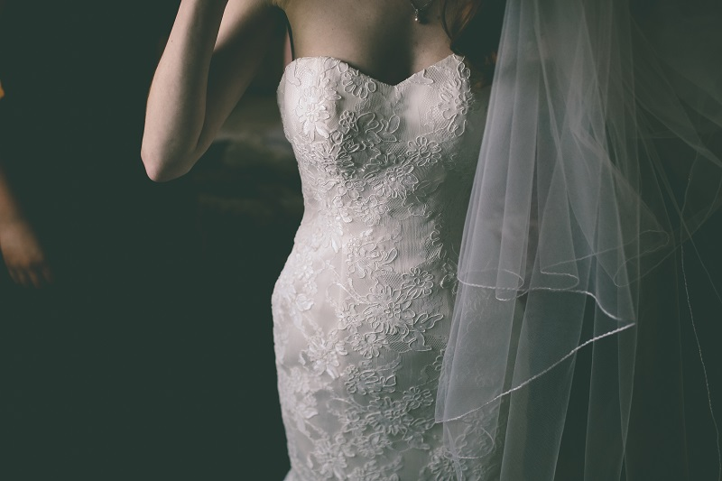 Lace-Fishtail-Wedding-Dress